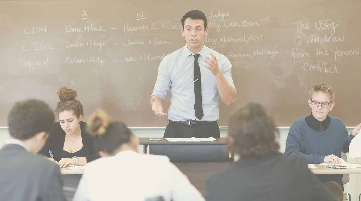Student Teaching in Class