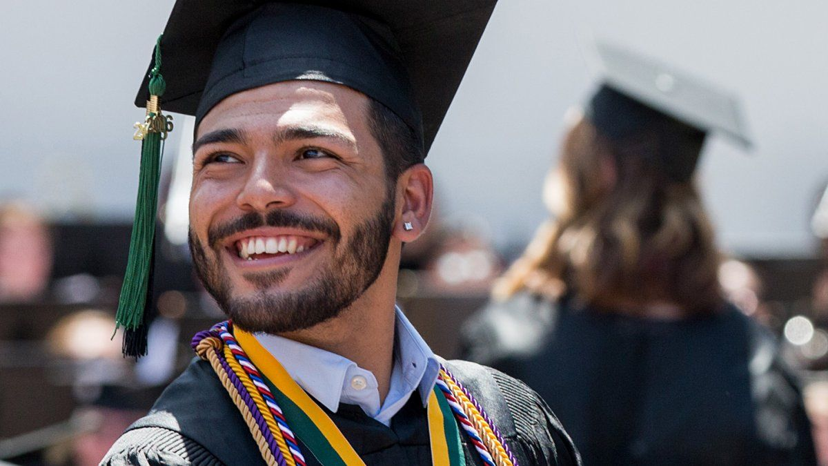 Graduate stands for recognition during commencement
