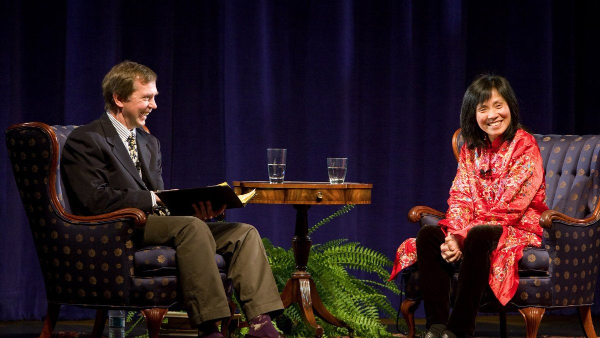 Dr. Dean Nelson interviews author Anchee Min at the Writer's Symposium by the Sea.