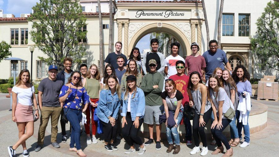 Students visiting Paramount Studios Fall 2017