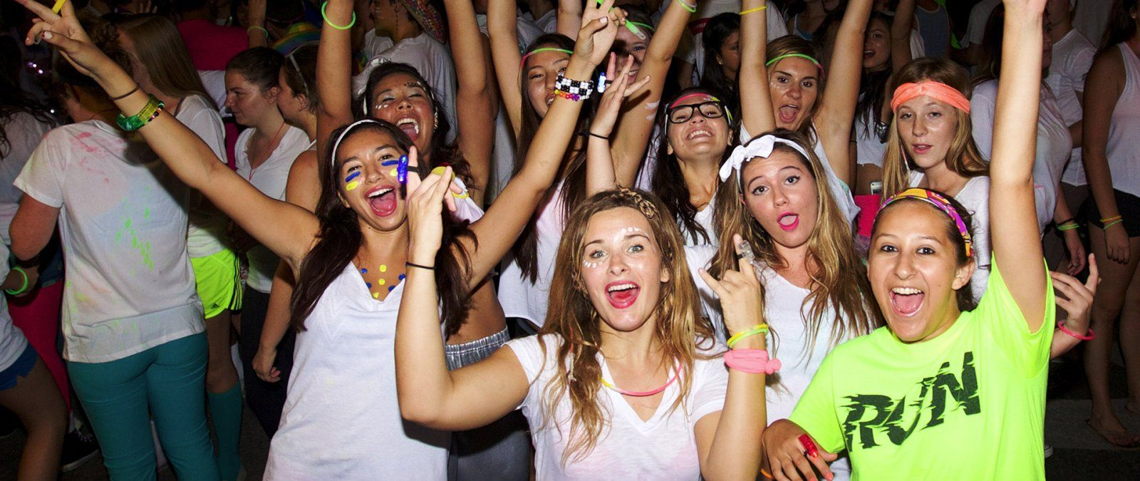 PLNU Students Show Their Excitement at Glow with the Flow
